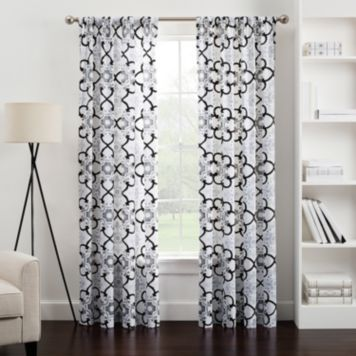 Tiffany Curtain/