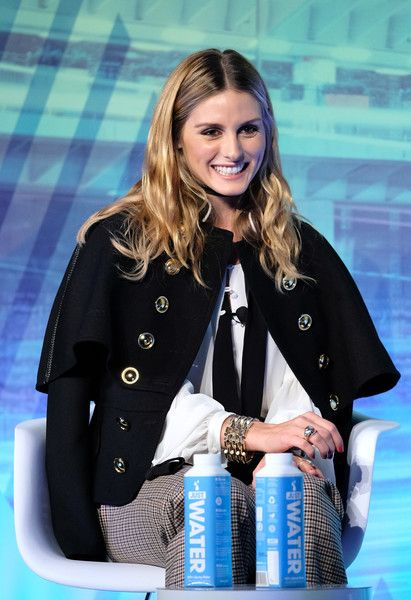 Olivia Palermo Photos Photos - Olivia Palermo onstage during the Under the Influence panel at Liberty Theater during 2016 Advertising Week New York on September 28, 2016 in New York City. - Advertising Week New York 2016 - Day 3