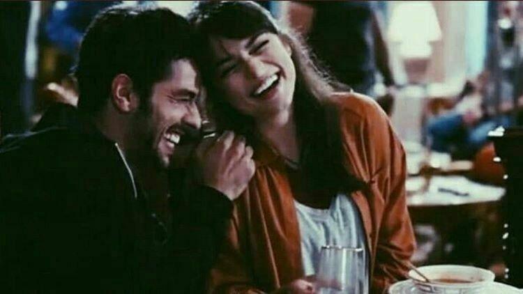 Your Smile Erases The Sadness Inside Me ﭑبتسامتك تمحو الأحزان التي بداخلي Gozler