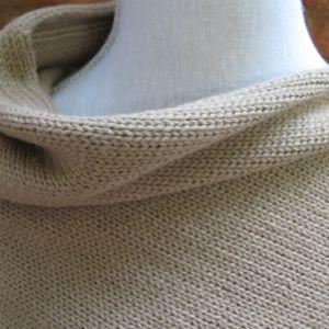 Poncho court alpaga blanc naturel