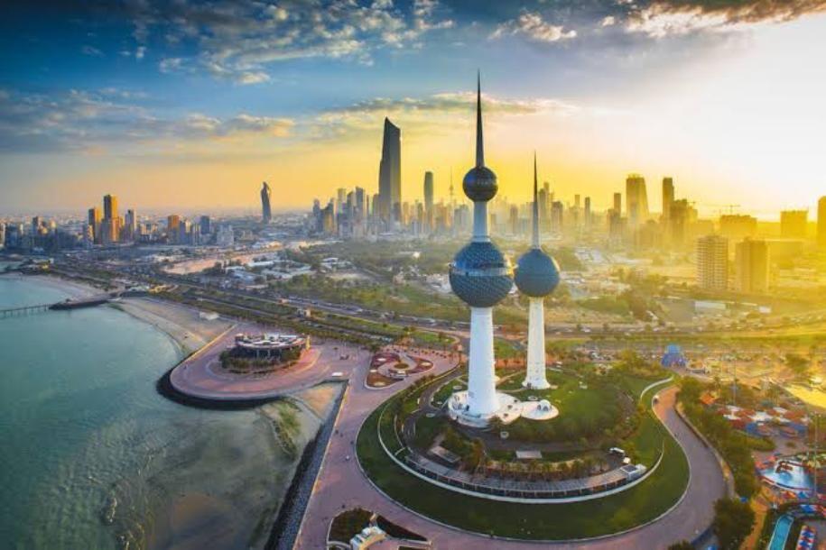 الكويت لاصحة لانتقال التحالف ضد داعش الى الكويت ونستطيع حماية الامريكيين بالكويت In 2020 Kuwait City Beautiful Stock Photos Kuwait