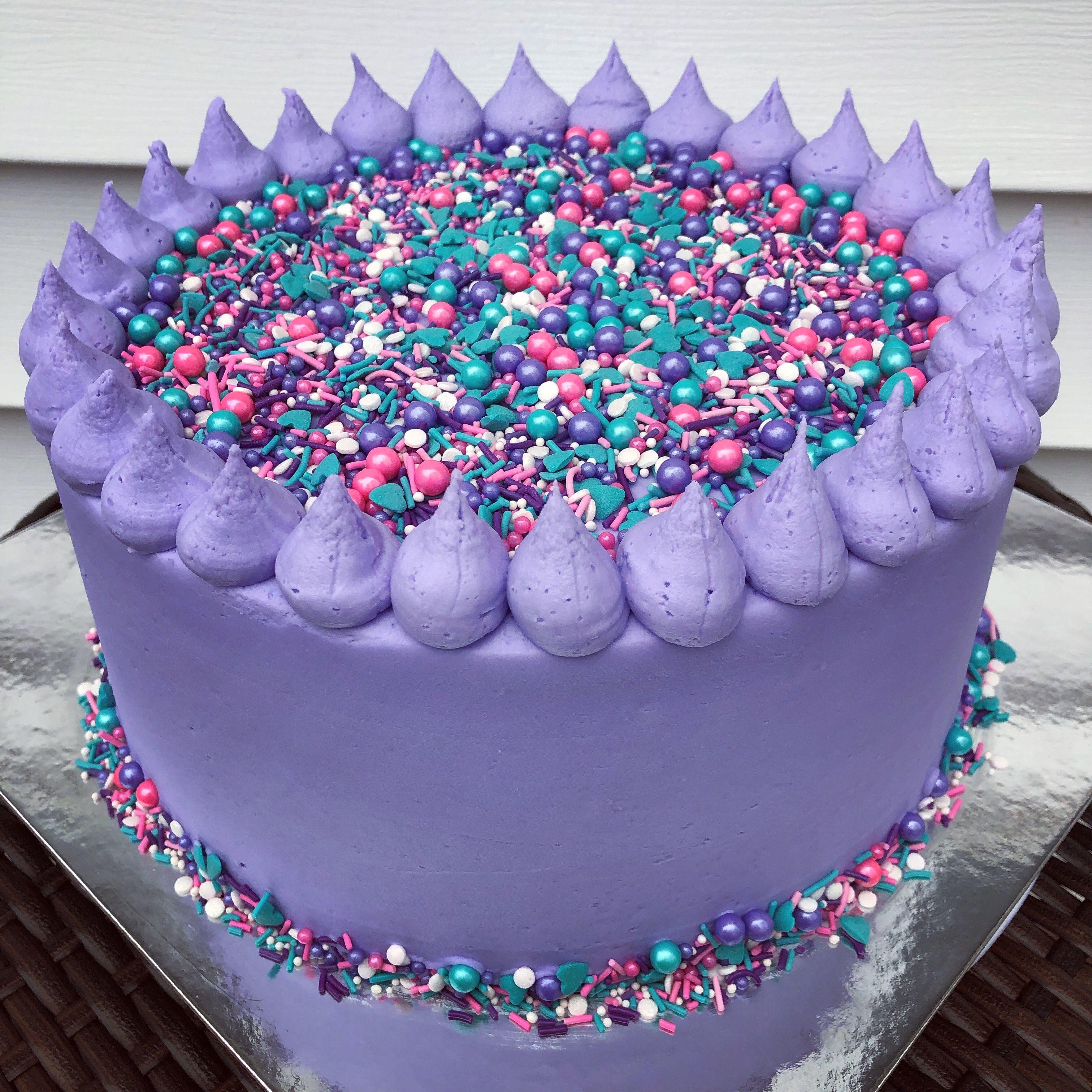 purple sprinkles// fudge //cupcakes// cakepops// fairybread//cake decorating//biscuits