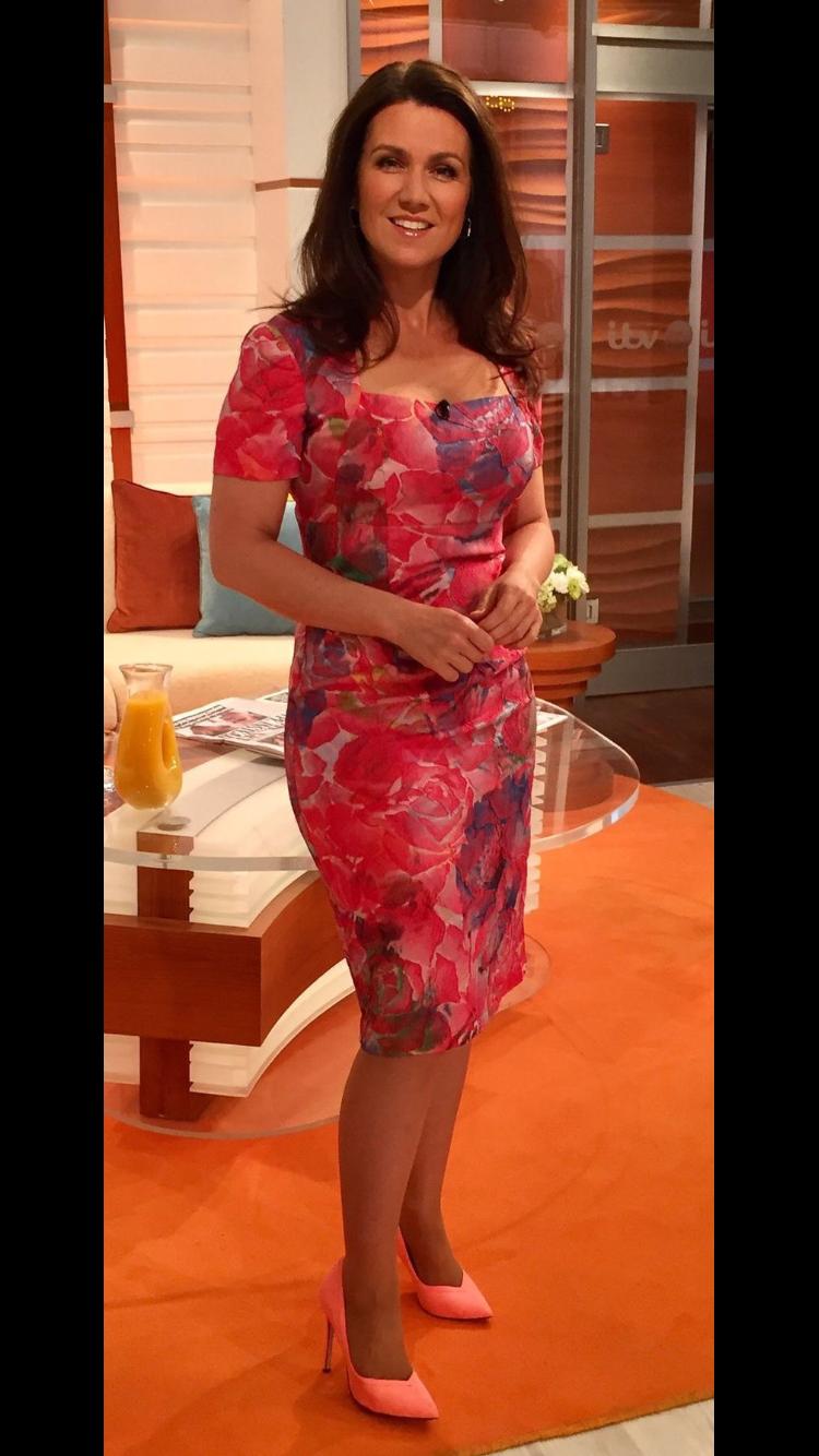 pinderek dhammaloka on mature ladies in heels   pinterest