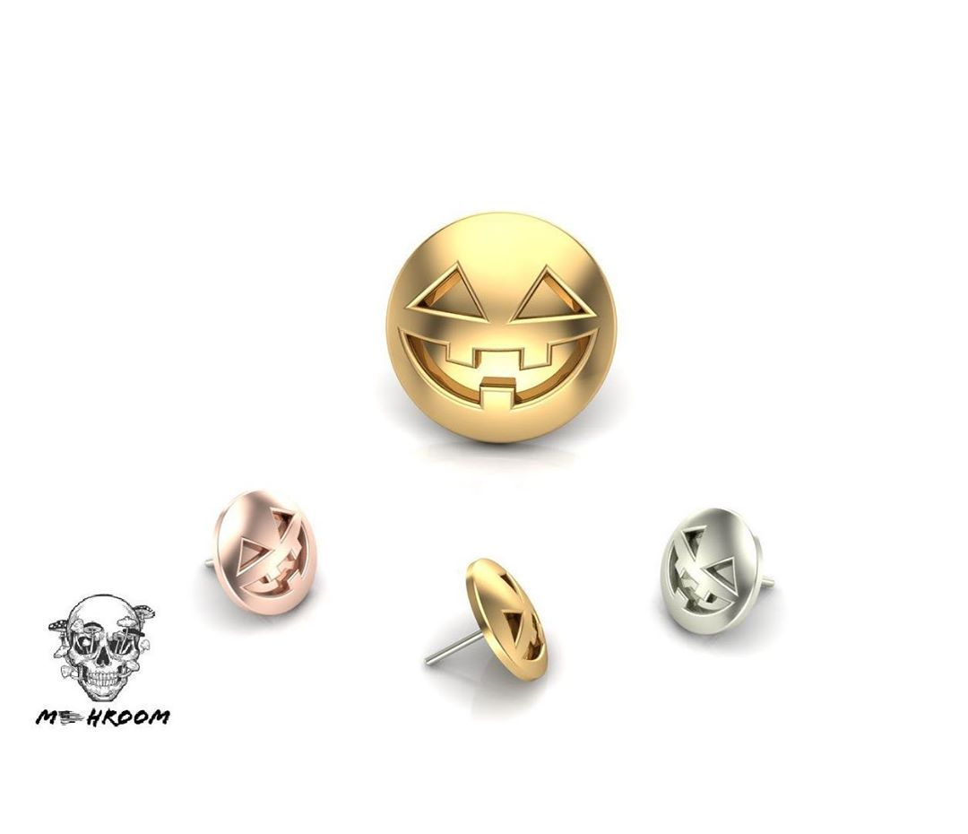 M-0029 Halloween 🎃 5.5 mm 14k gold Available in yellow, white and rose gold #bodyjewelry #piercings #bodypiercing #goldbodyjewelry #lobepiercing #helixpiercing #daithpiercing #nosepiercing #madeinusa #usa #safepiercing #14kgold #14kgoldjewelry #jewelry #goldbodyjewelry #legitbodyjewelry #legitpiercing #piercingsofinstagram #qualitypiercings #safepiercing #curatedpiercings #appmember #bezel #appsafepiercing #halloween #halloweenpiercing