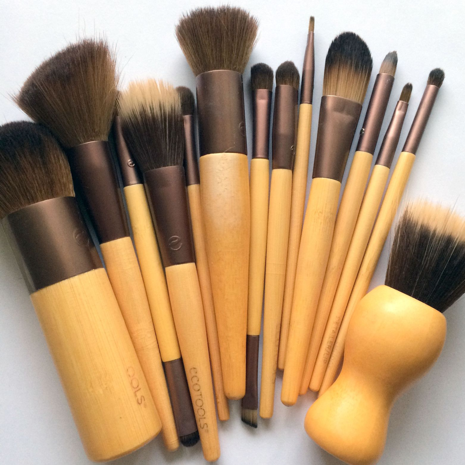 ECOTOOLS Beautiful makeup, Makeup, Makeup brushes