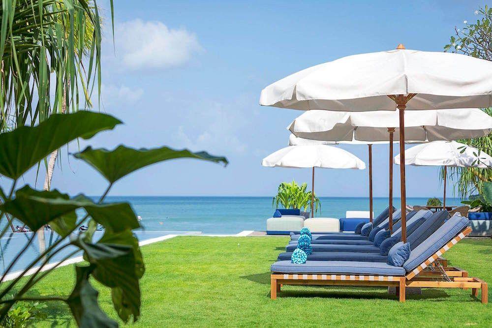 Best Deals Luxury Villas Seminyak Beachfront Beautiful Bedroom Decor Modern Bedroom Design Bedroom Design