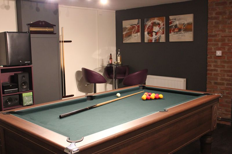 Keith\'s Games Room is complete with a Pool Table, Wall Art, Sound ...
