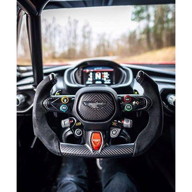 Nvr2lte2lve Behind The Wheel Of The Aston Martin Vulcan Superdeportivos Coches Tuneados Autos Deportivos
