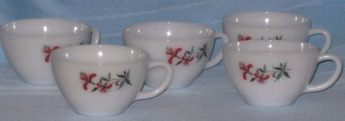 Vintage-Set-of-5-FireKing-Coffee-Tea-Cups-Red-Honeysuckle-Design