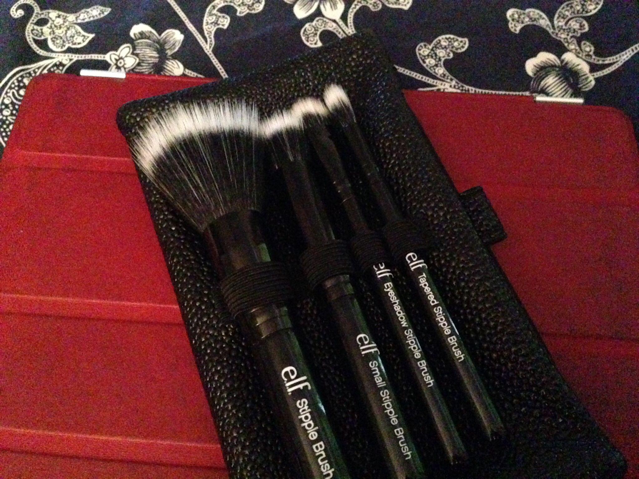 e.l.f Travel size stipple brush set My makeup collection