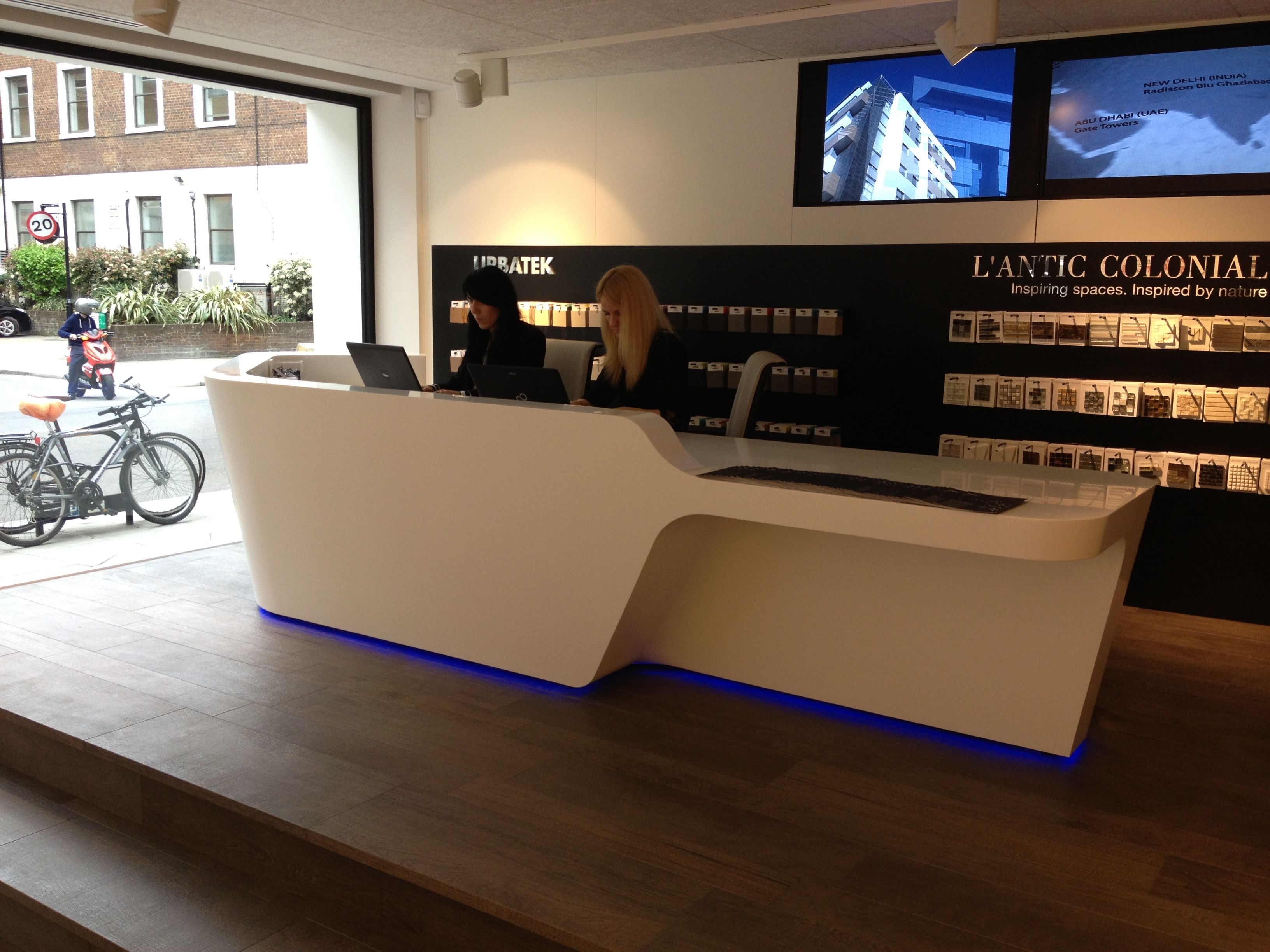 Mono Desk by isomi installed at Porcelanosa showroom - Goswell Road,  Clerkenwell, London  Showroom IdeasReception ...