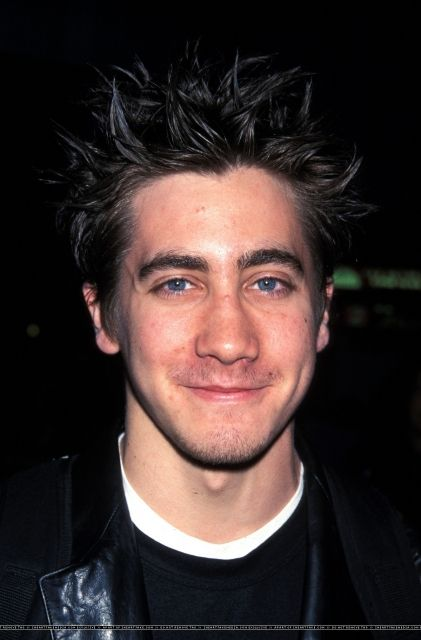 A Midsummer Night S Dream Nyc Premiere 001 In 2020 Jake Gyllenhaal Cute Actors Premiere