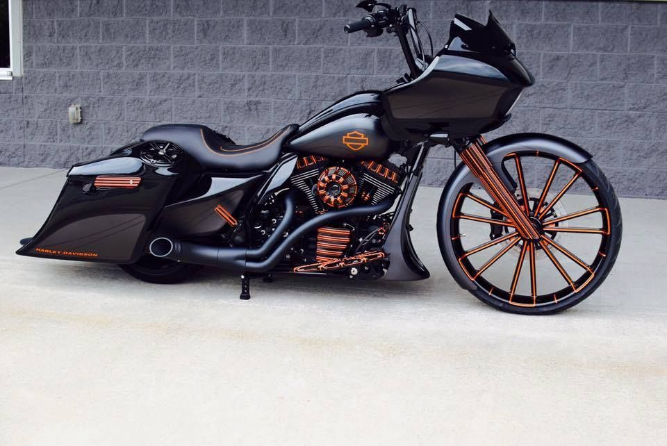 One Of The Cleanest Road Glides Ever Seen Custom Harley Davidson Road Glide By Bxs Custom Design Harley Davidson Touring Harley Bikes Harley Davidson Baggers