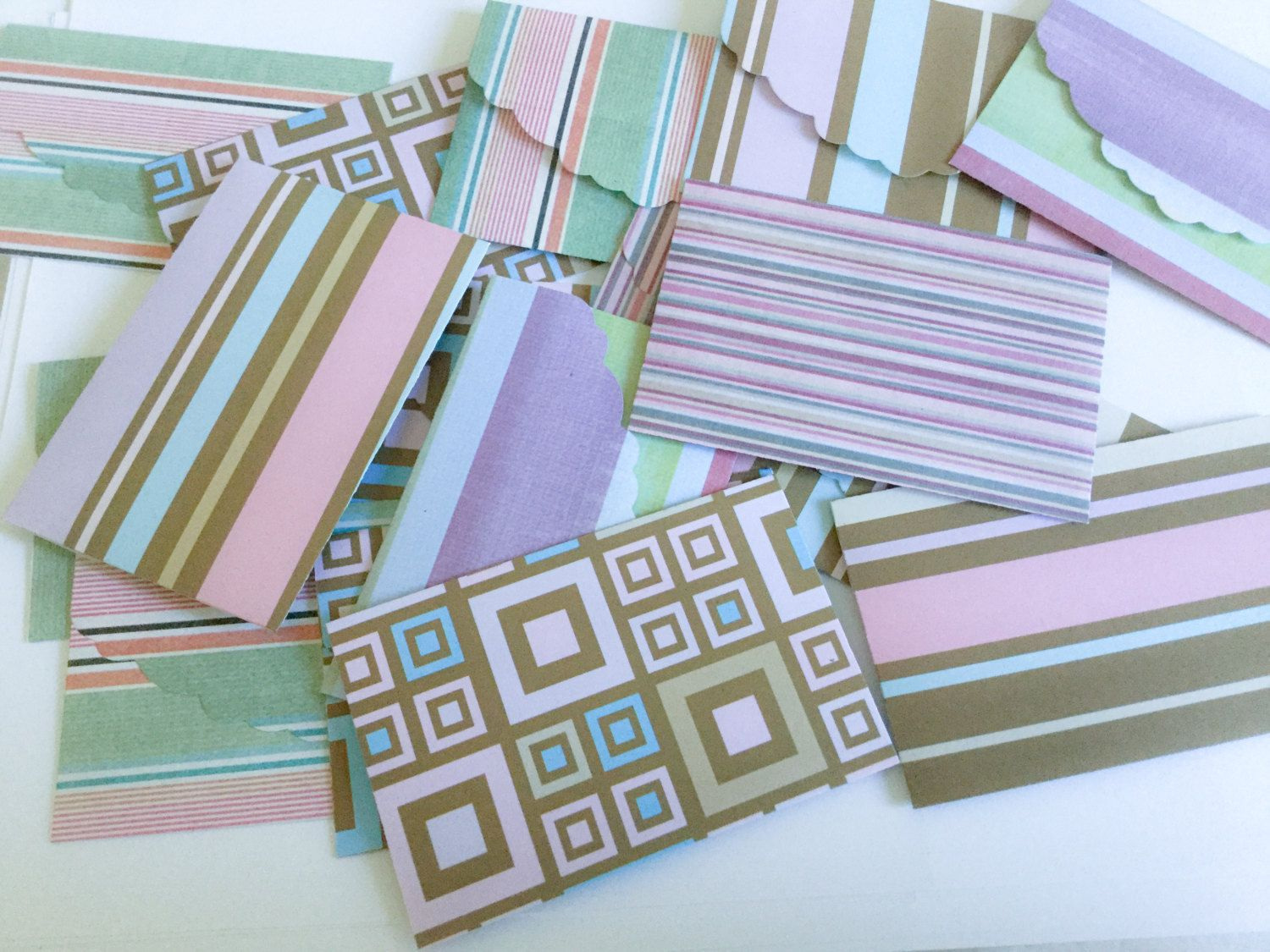Colorful Set Of Mini Cards Tent Style Blank Matching Envelopes Geometrical Shapes