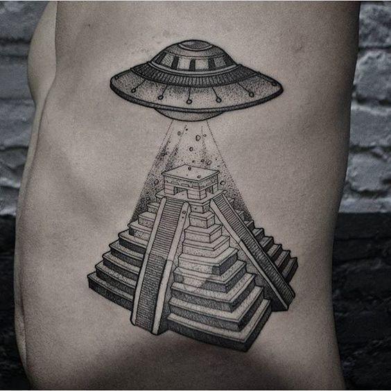 21 Ideas De Tatuajes Mayas Aztecas Tattoos Ufo Tattoo Y Tattoo