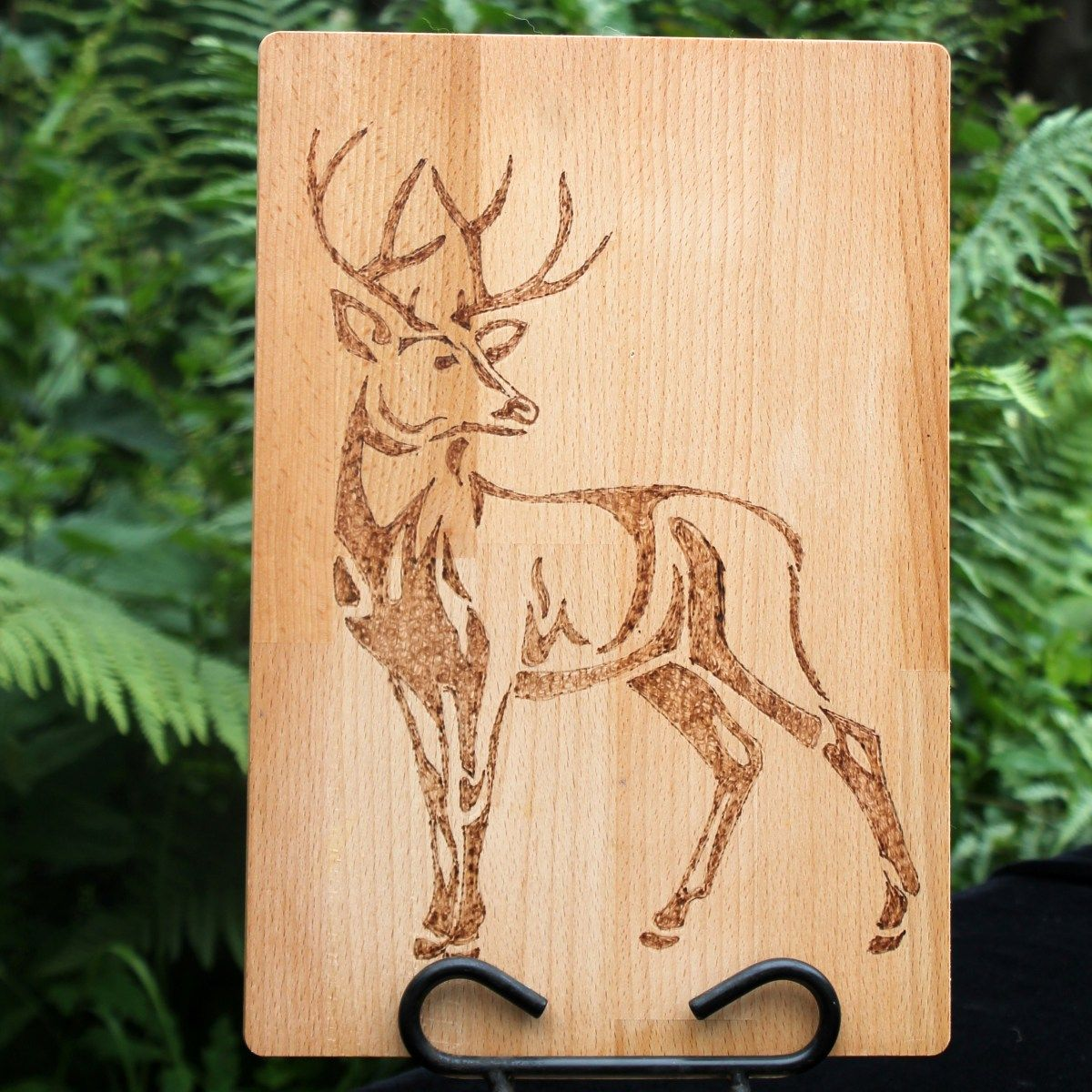 Chopping board personalised thistle design stag design