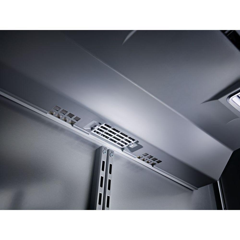 Kitchenaid 209 cu ft builtin bottom freezer