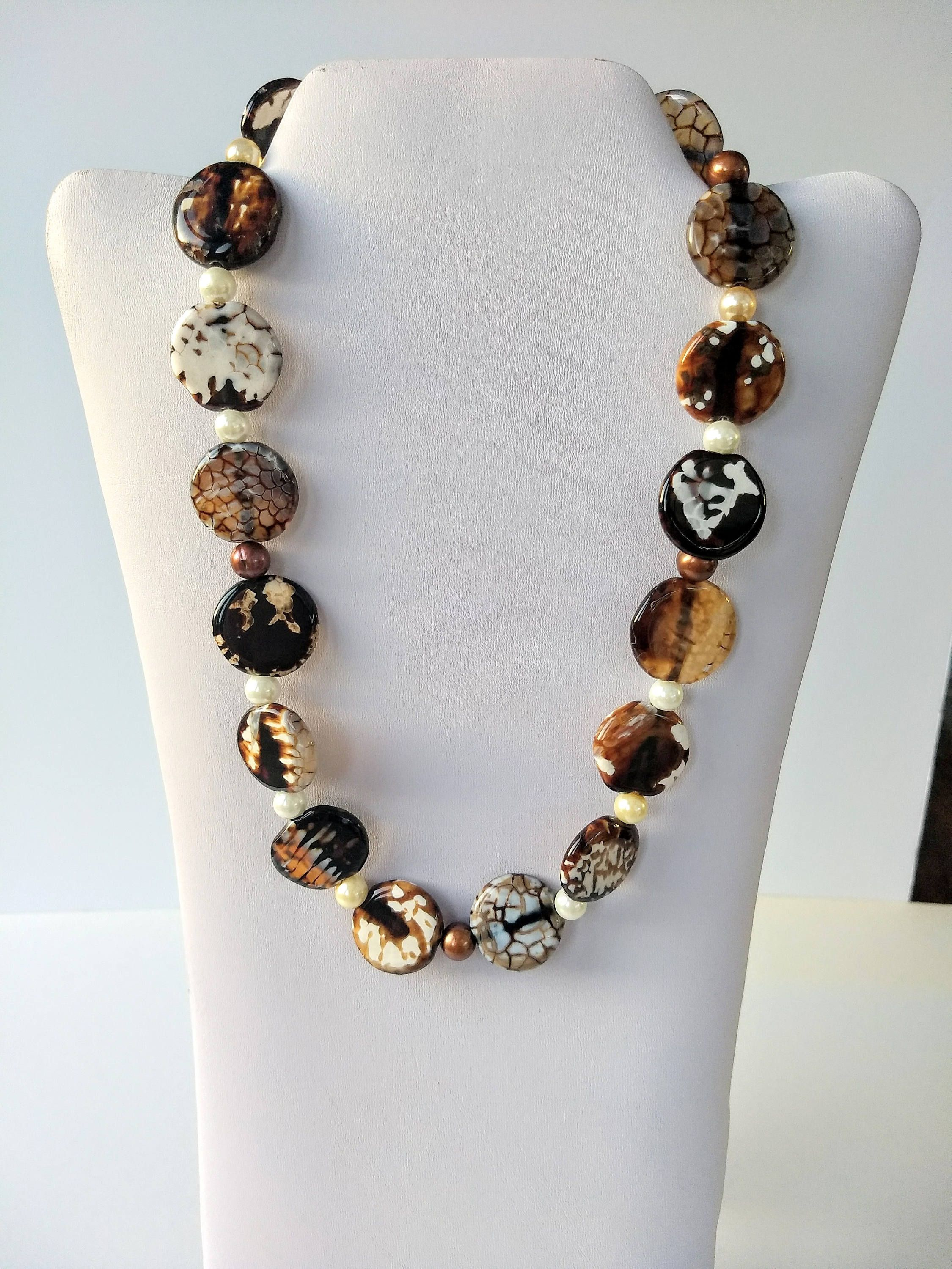 roll to zoom on in chunky jewelry vintage necklace