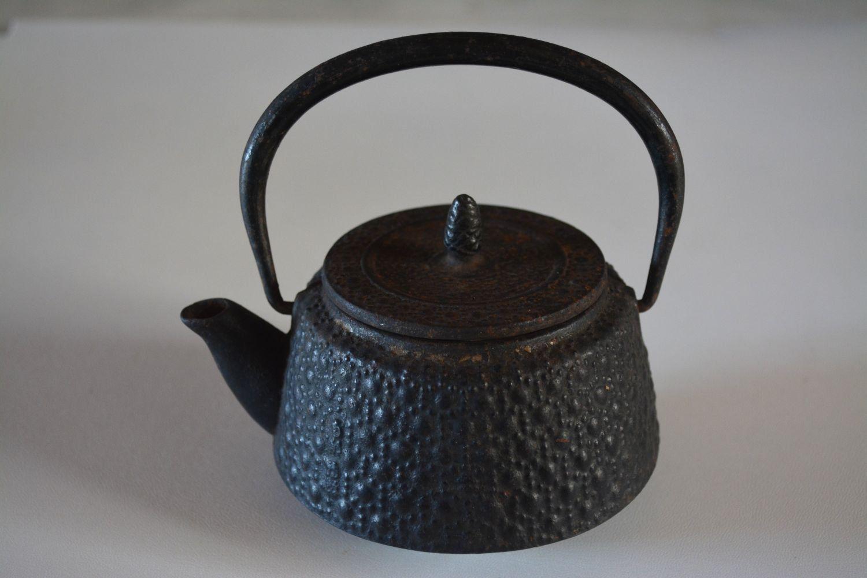 Tetsubin Cast Iron Teapot Small Japanese Kettle By Styledinjapan