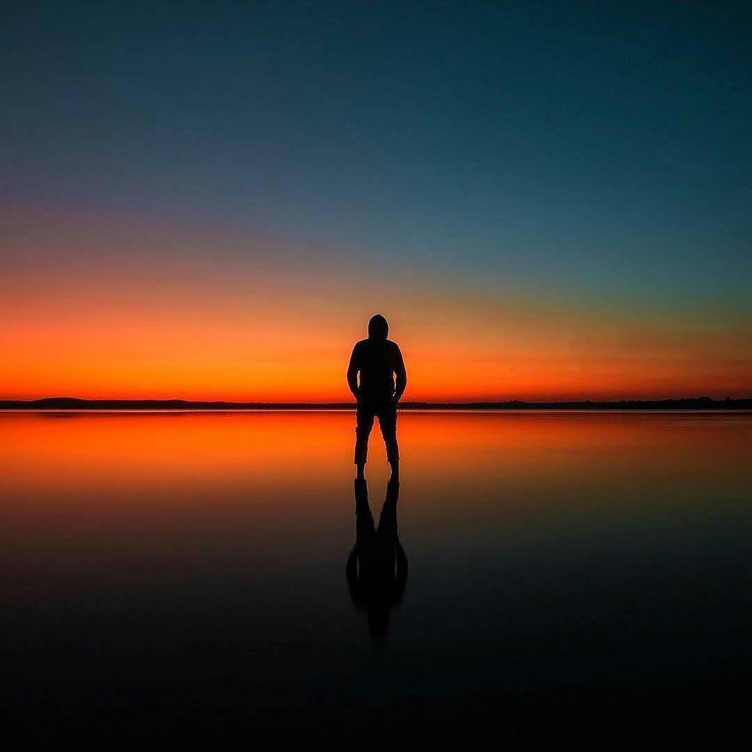 الشخص المهم في حياتك ليس هو الشخص الذي تشعر بوجوده ولكنه الشخص الذي تشعر بغيابه إبراهيم الفقي حكم صور Celestial Sunset Outdoor