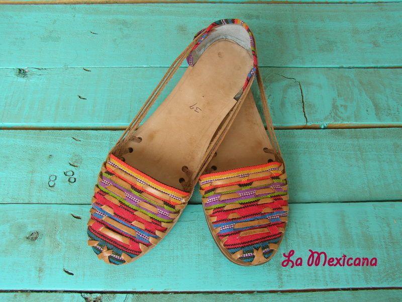Exclusivas coloridas sandalias de piel y tejido mexicano ...