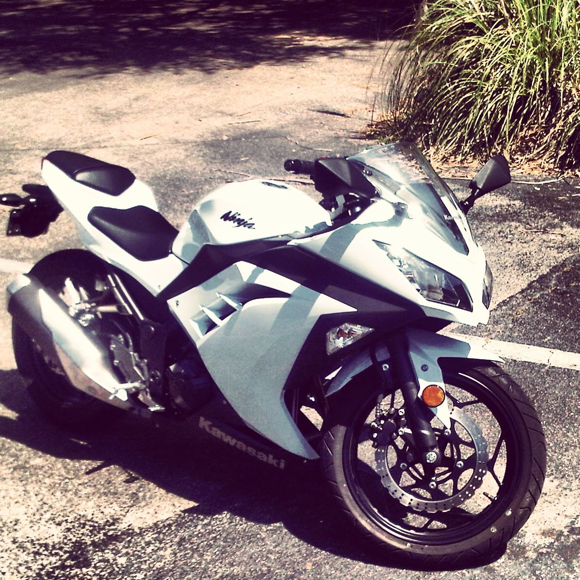 2013 Kawasaki Ninja 300 White And Black Perfection Carros De Luxo Motos Motores