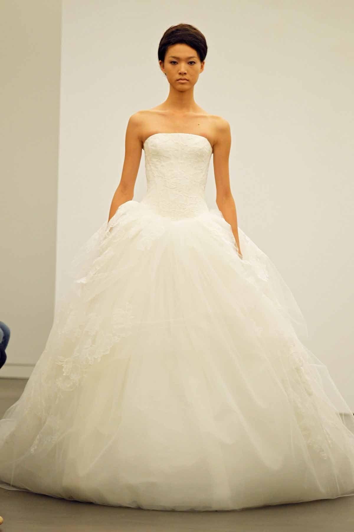 Red wedding dresses vera wang  My dream dress Thank you God for Vera Wang  Wedding  Pinterest