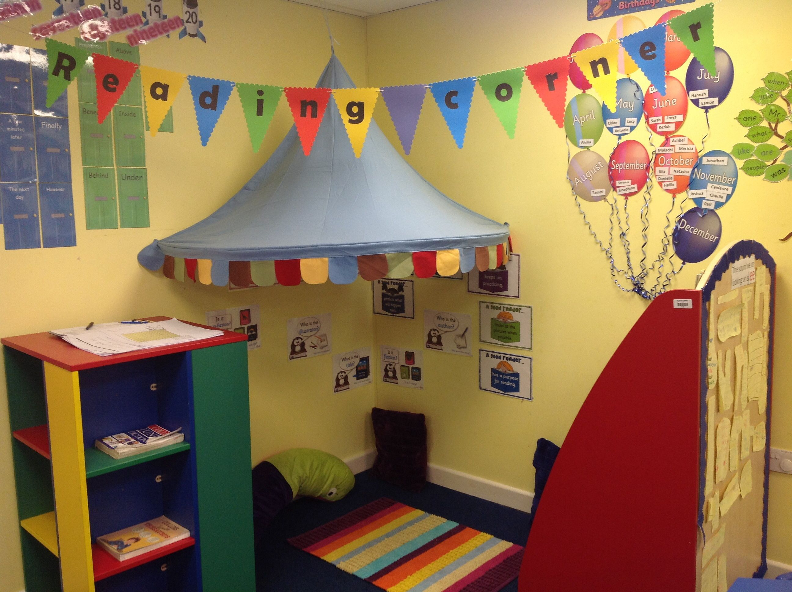 Reading corners google search kindy set up pinterest for Kids reading corner ideas