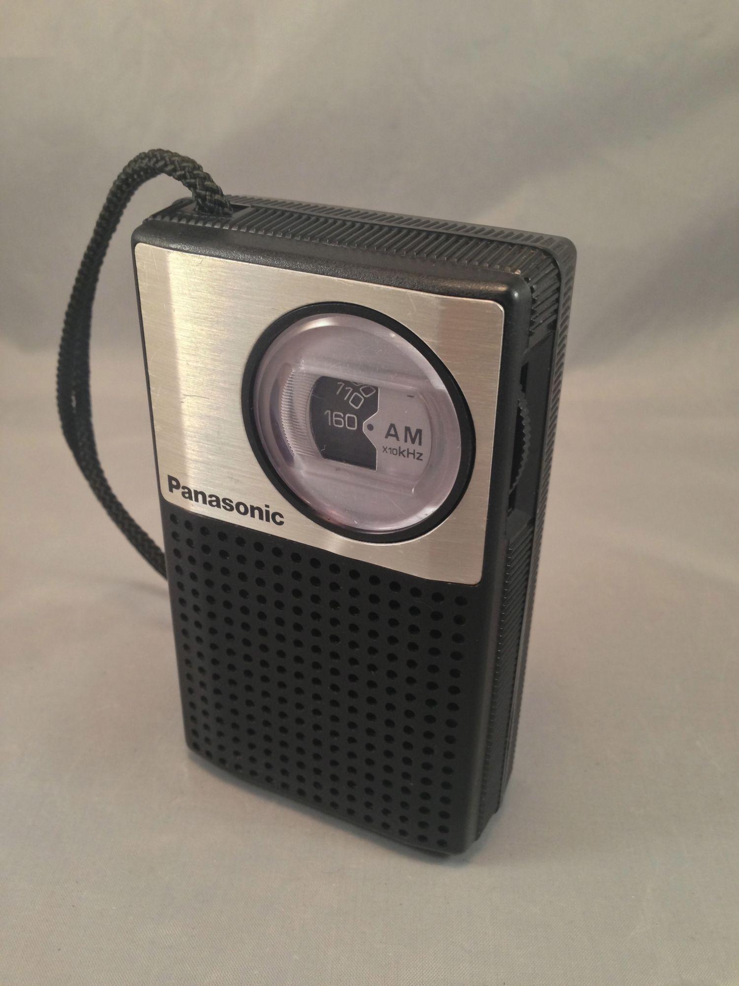 Vintage Panasonic Am Pocket Radio Model R 1018 Pocket Radio Vintage Radio Old Radios