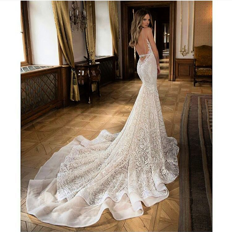 Stunning dress for a Classic but Modern Style with a beautiful train!