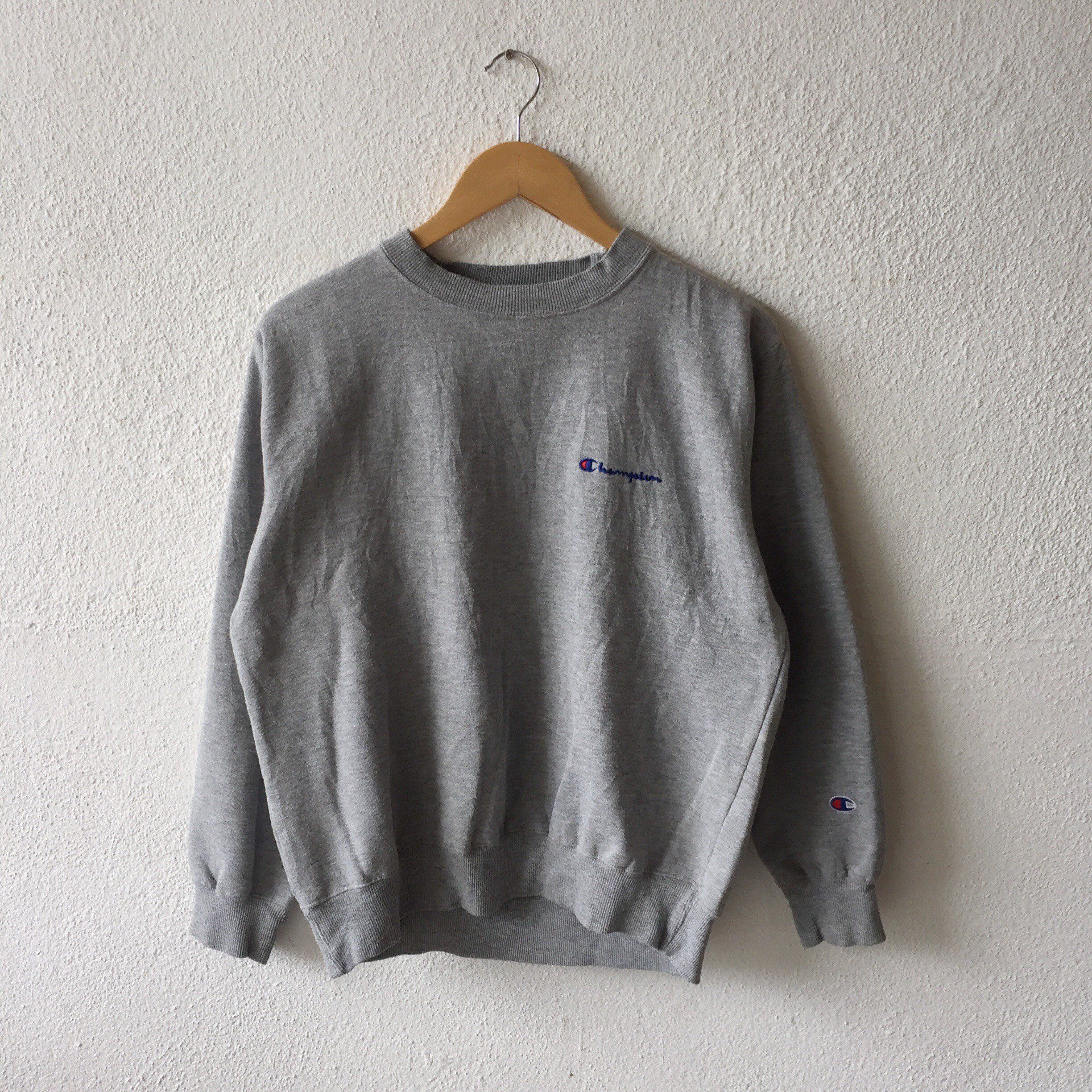 Excited To Share This Item From My Etsy Shop Vintage 90s Champion Small Spellout Embro Vintage Crewneck Sweatshirt Champion Clothing Grey Champion Sweatshirt [ 2448 x 2448 Pixel ]