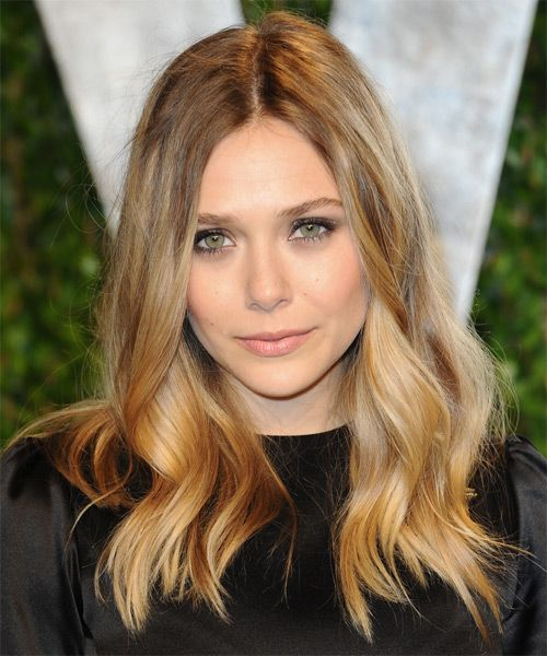Elizabeth Olsen Long Wavy Dark Golden Blonde Hairstyle With Blonde Highlights Hairstyle Hair Styles Long Hair Styles