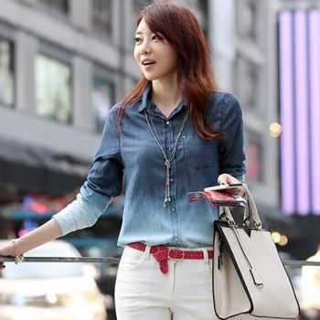 Hot sale fashion European style women denim blouse top jeans shirt lady\'s elegant high quality blouse     http://www.newdress.com/womens-denim-gradual-blue-jeans-singlebreasted-long-sleeve-shirt-blouse-p-11709.html