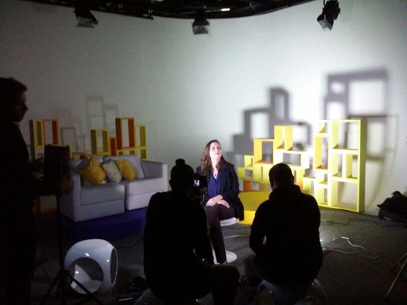 Bastidores da gravação dos depoimentos de familiares do homenageado do ano Armando Ferrentini - 50 ANOS DE COLUNISMO JORNALÍSTICO - PROPMARK #espm #suzyscherb #propmark #studiokissus #bastidoresetrajetórias