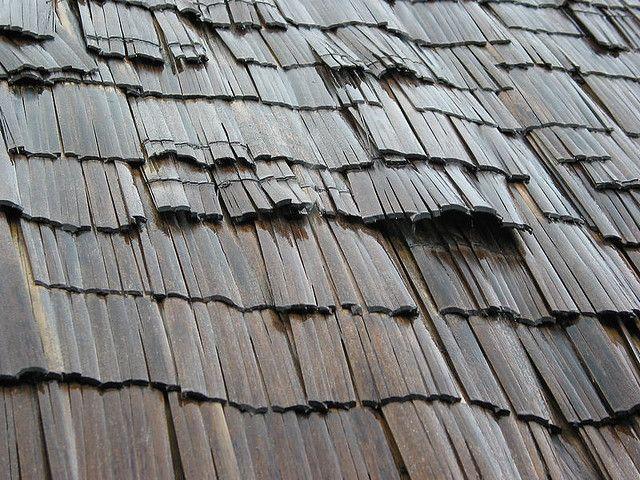 Toit De Bambou Sous La Pluie Stone Masonry Modern Landscaping Roof