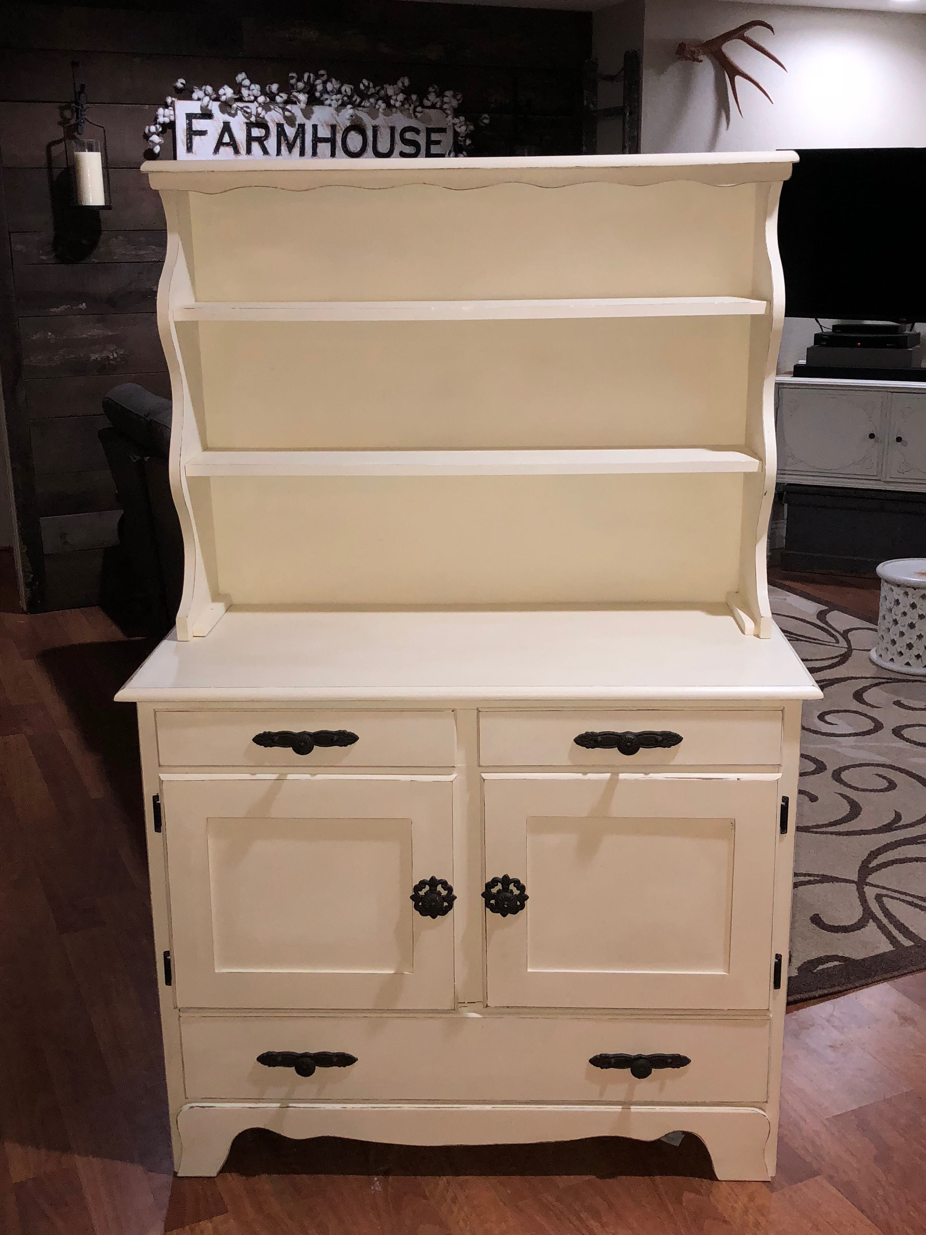Farmhouse Hutch Done In Annie Sloans Old White