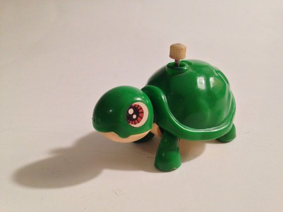 Plastic Wind Up Tortoise Toy Wind Up Tin Tortoise Toy  Hot-selling Toy