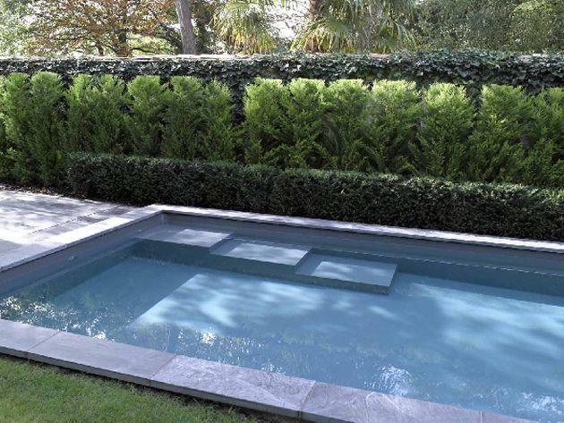 un escalier banquette pour piscine piscines carr bleu. Black Bedroom Furniture Sets. Home Design Ideas