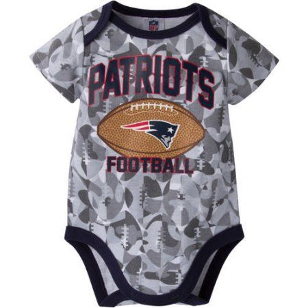 New England Patriots I Love Watching With Grandma Baby Short Sleeve Bodysuit