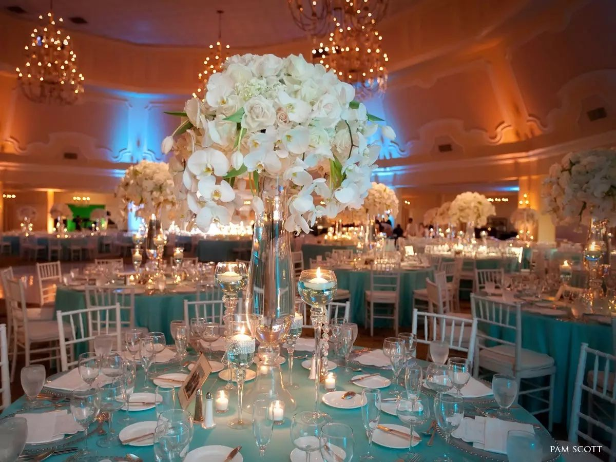 Wedding reception decoration ideas  Pin by Lourdes Alonso on Chic Vintage  Pinterest  Wedding and Weddings