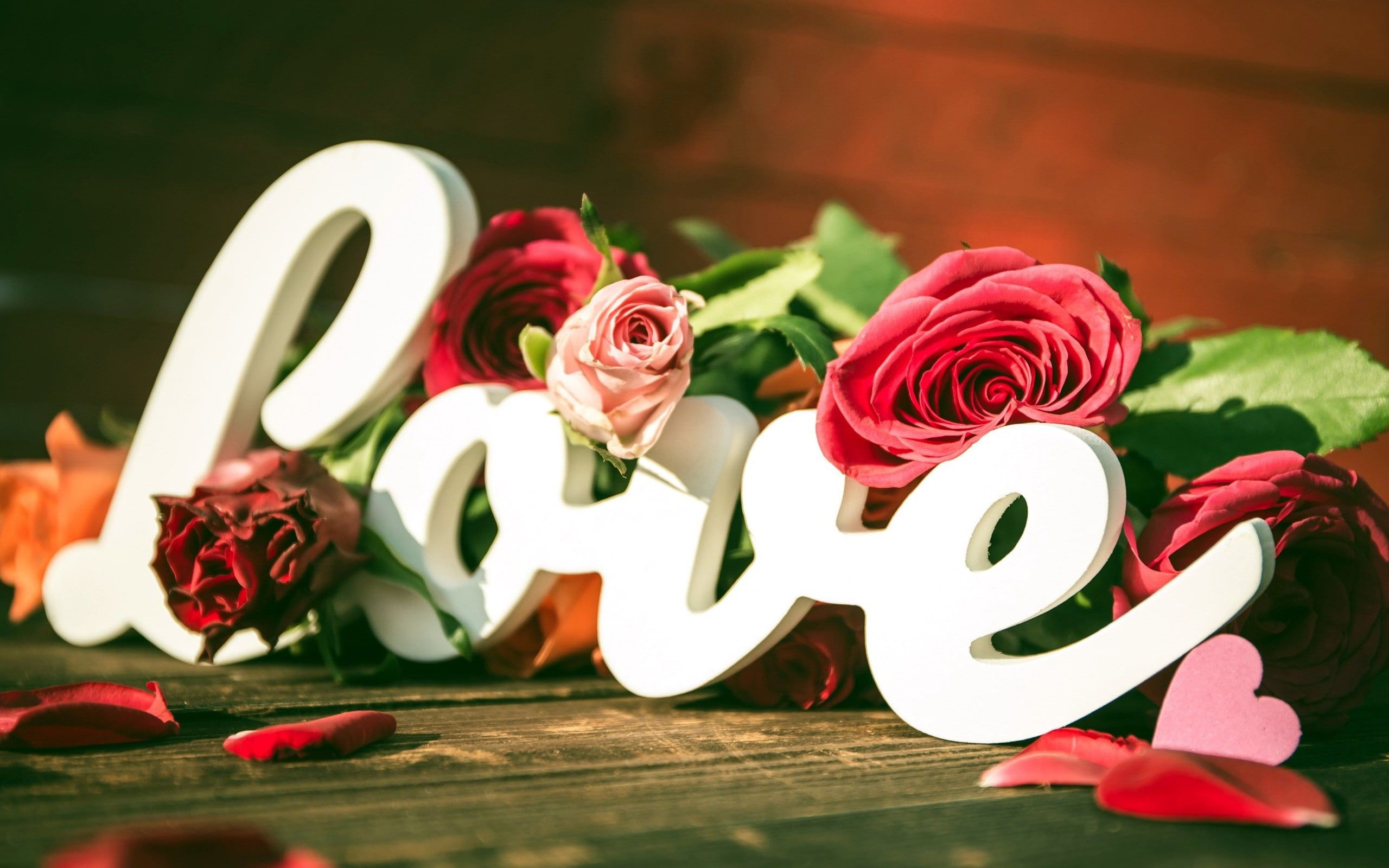 Heart Flowers Typography Love Rose 2k Wallpaper Hdwallpaper Desktop In 2020 Rose Flower Wallpaper Beautiful Love Flowers Flower Images Hd