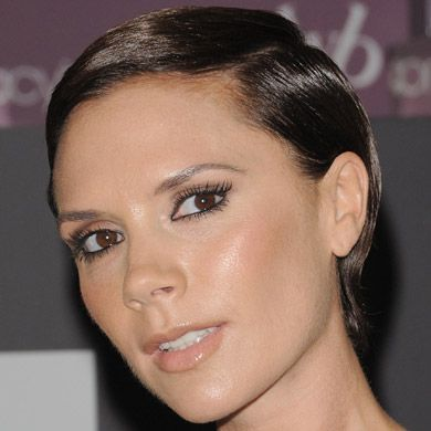 Victoria Beckhams Hair History From Pob To Polished Beckham - Beckham's hairstyle history