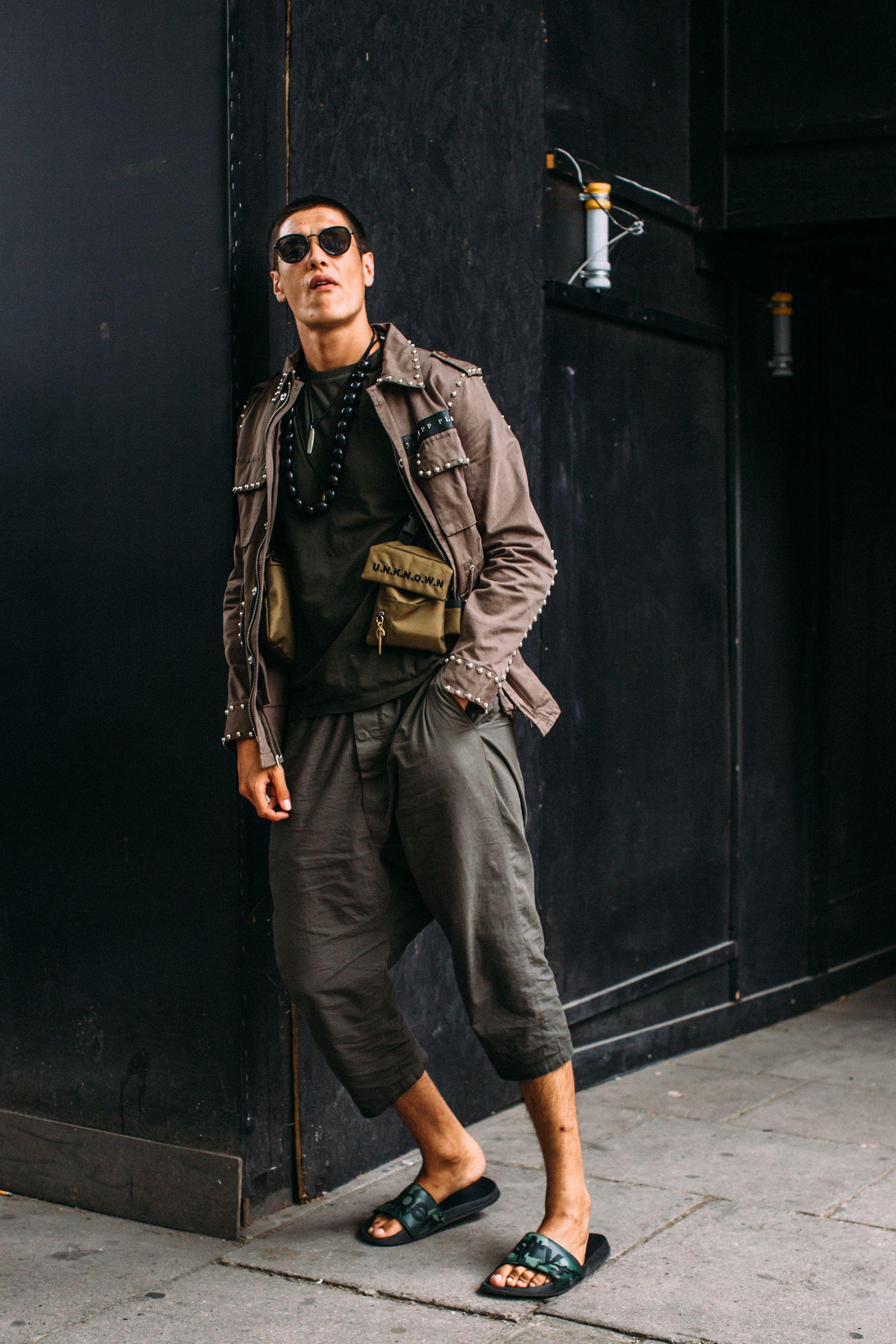 London Fashion Week Men's Street Style Spring 2019 Day 1