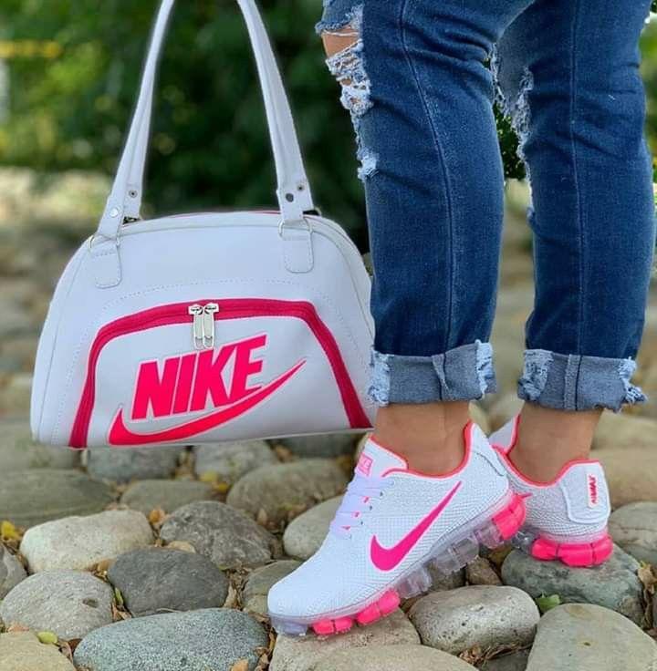 Nike air shoes, Nike fashion, Cute sneakers