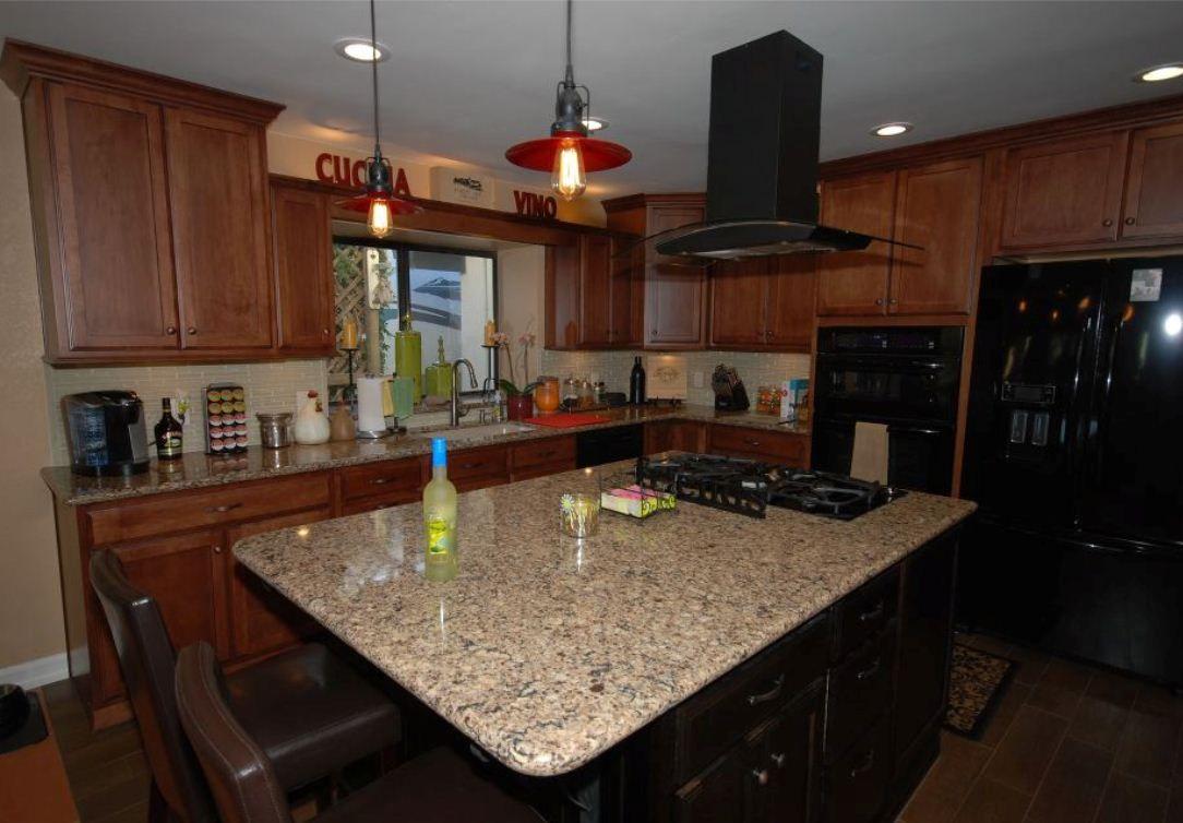 starmark maple chestnut with cherry java island maple kitchen kitchen cabinets in bathroom on kitchen cabinets java id=82504