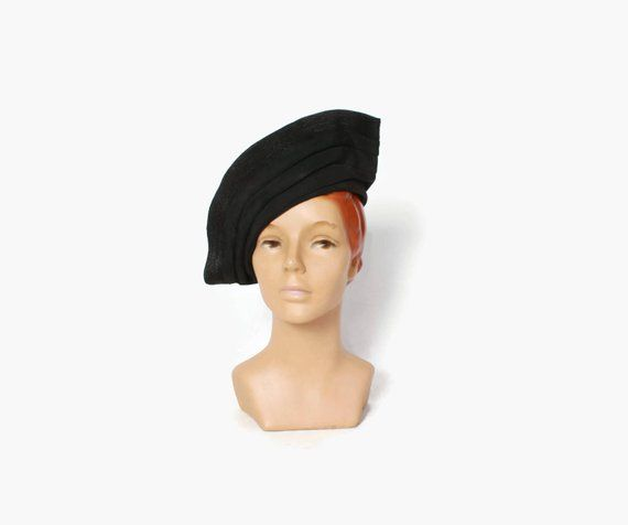97b037cd8 Vintage 40s Peaked HAT / 1940s Black Woven Straw Open Crown Jaunty ...