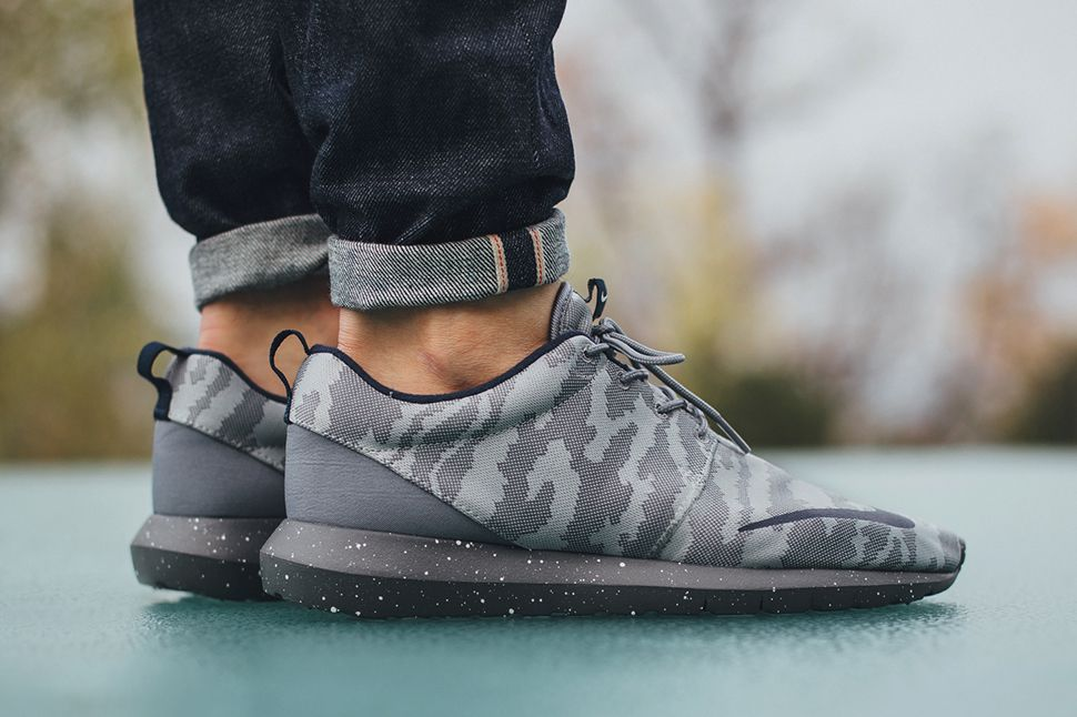 On foot look at the Nike Roshe One NM FB Space Camo.