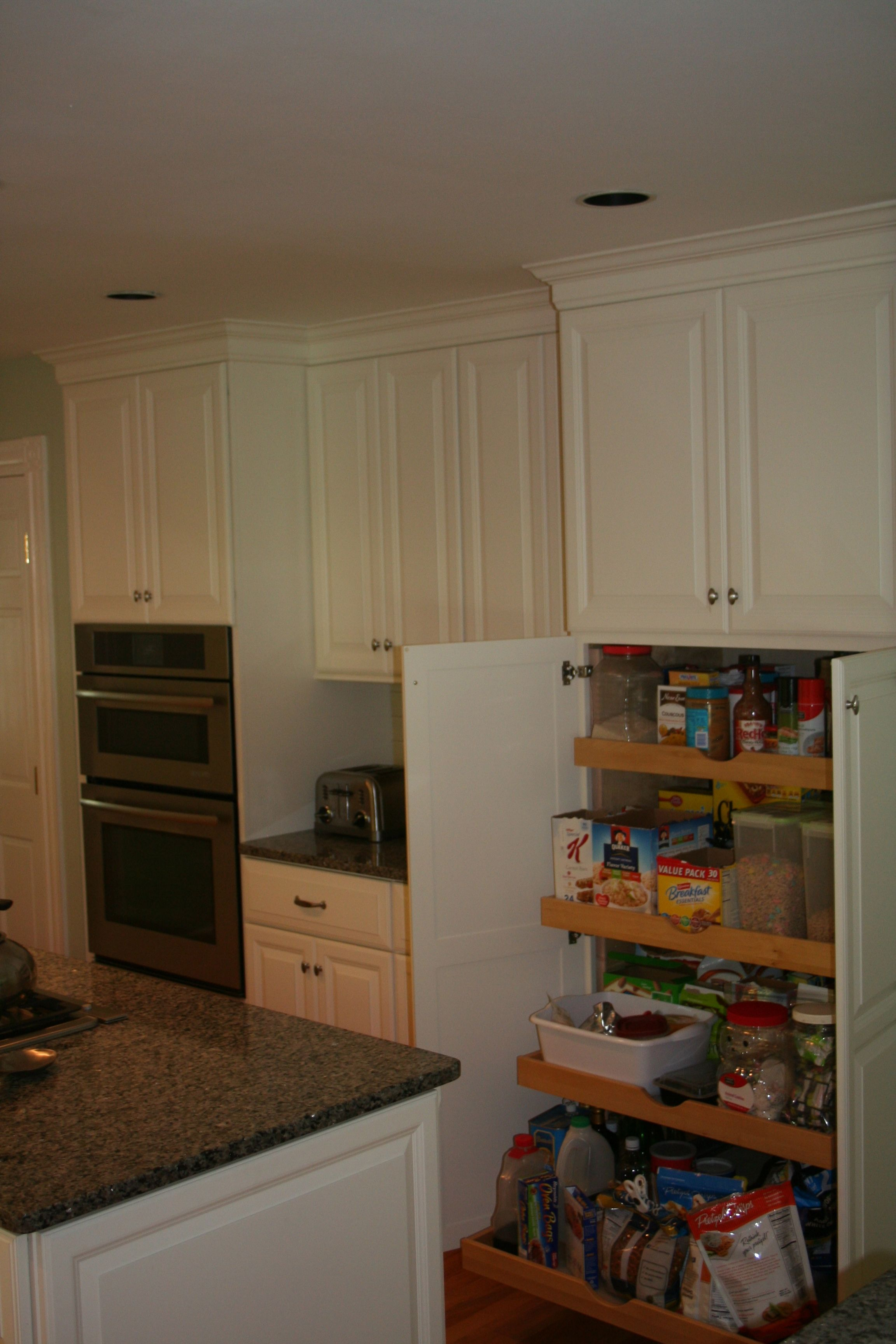 Candlelight Cabinetry Pull Out Pantry Unit Rhodeislandkitchen Kitchen Projects Kitchen Design Candlelight Cabinetry