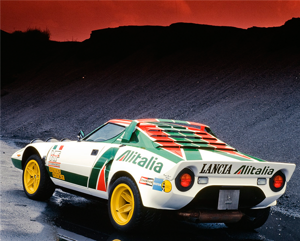 Heard this car was the worst at keeping the engine running but the look of it is still one of the more unique in the world - Lancia Stratos | Bertone