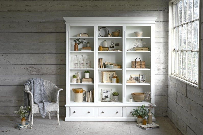 NEW COUNTRYMAKING A MODERN RUSTIC STYLE Rustic style Bookcase